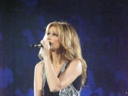 3 anni fa: Celine Dion a Milano