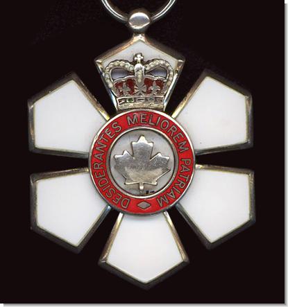 Celine riceve l'Order of Canada, la più alta onorificenza Canadese.